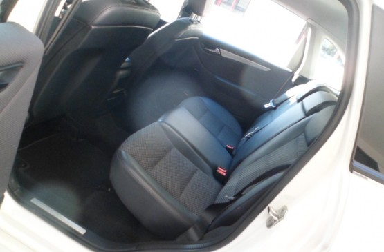 Mercedes Benz CLASSE B  B180 blueEFF. EX. ANNO'11 su LeonCar