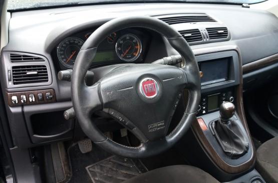 Fiat CROMA 1.9 D su LeonCar
